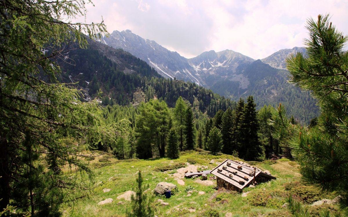 Valsuganatal mit Berghütte