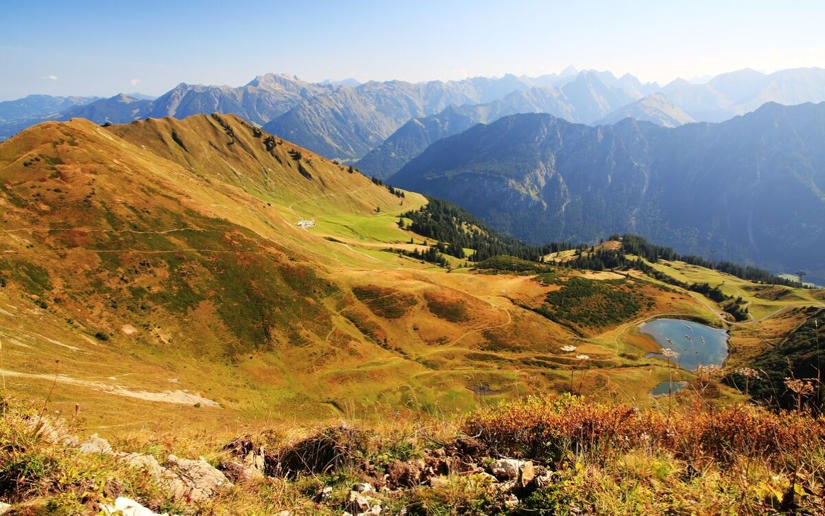 Herbstwanderung zwischen Deutschland und Österreich